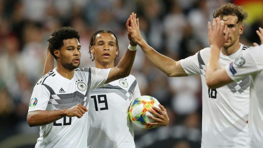 Das DFB-Team nähert sich wieder den Top Ten - Bildquelle: FIROFIROSID