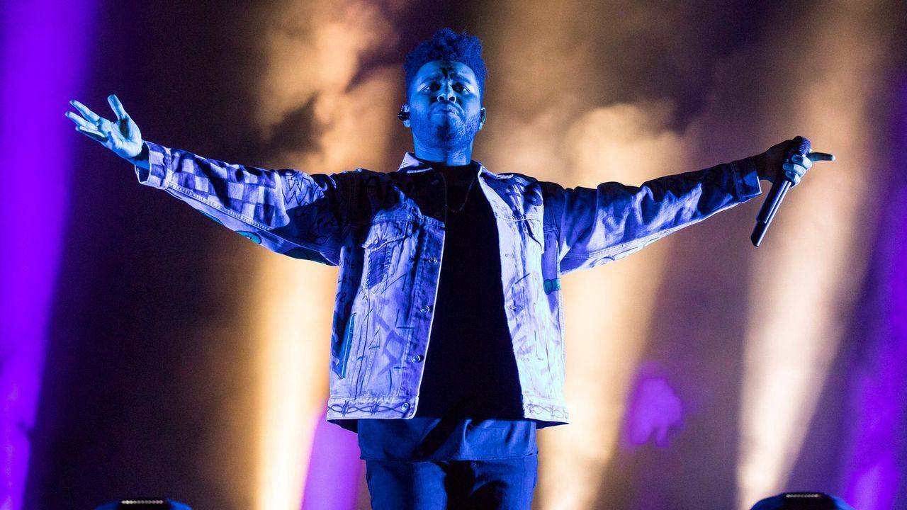 """Halftime Show: """"The Weeknd"""" - Bildquelle: imago images/POP-EYE"""