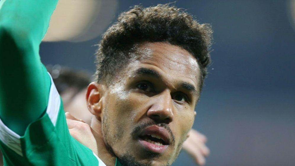 Theodor Gebre Selassie bleibt Werder Bremen treu - Bildquelle: PIXATHLONPIXATHLONSID