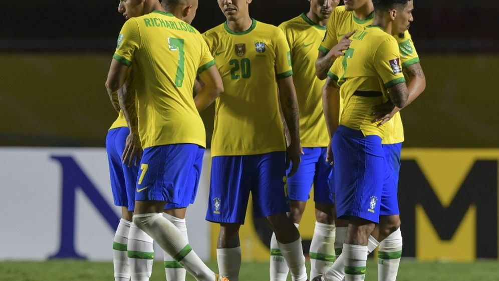 Brasilien jubelt dank Roberto Firmino - Bildquelle: POOLAFPSIDNELSON ALMEIDA