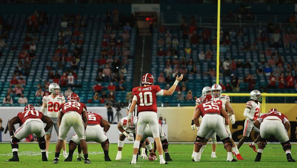 Im College Football wohl schon länger ein brisantes Thema: Vorgetäuschte Ver... - Bildquelle: Getty Images