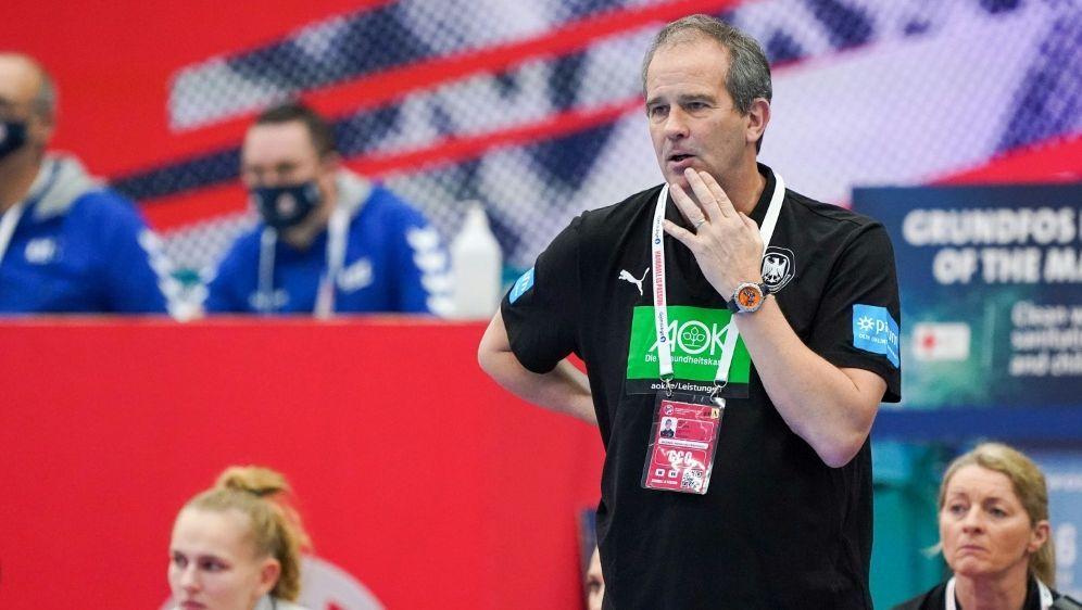 Henk Groener plagen Personalsorgen vor WM-Play-offs - Bildquelle: FIROFIROSID