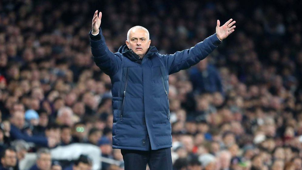 Jose Mourinho übernahm die Tottenham Hotspur im November 2019 - Bildquelle: imago images/Picture Point LE