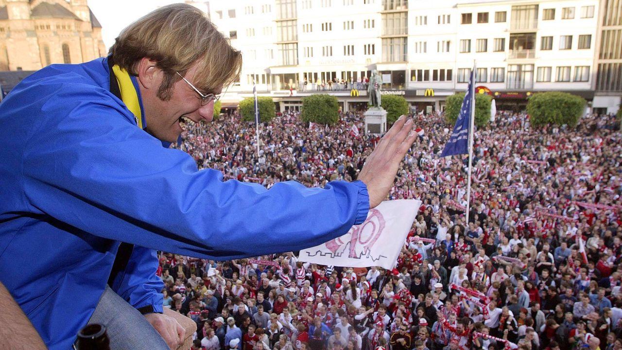 Jürgen Klopp beginnt seine Aufstiegssaison - Bildquelle: Imago