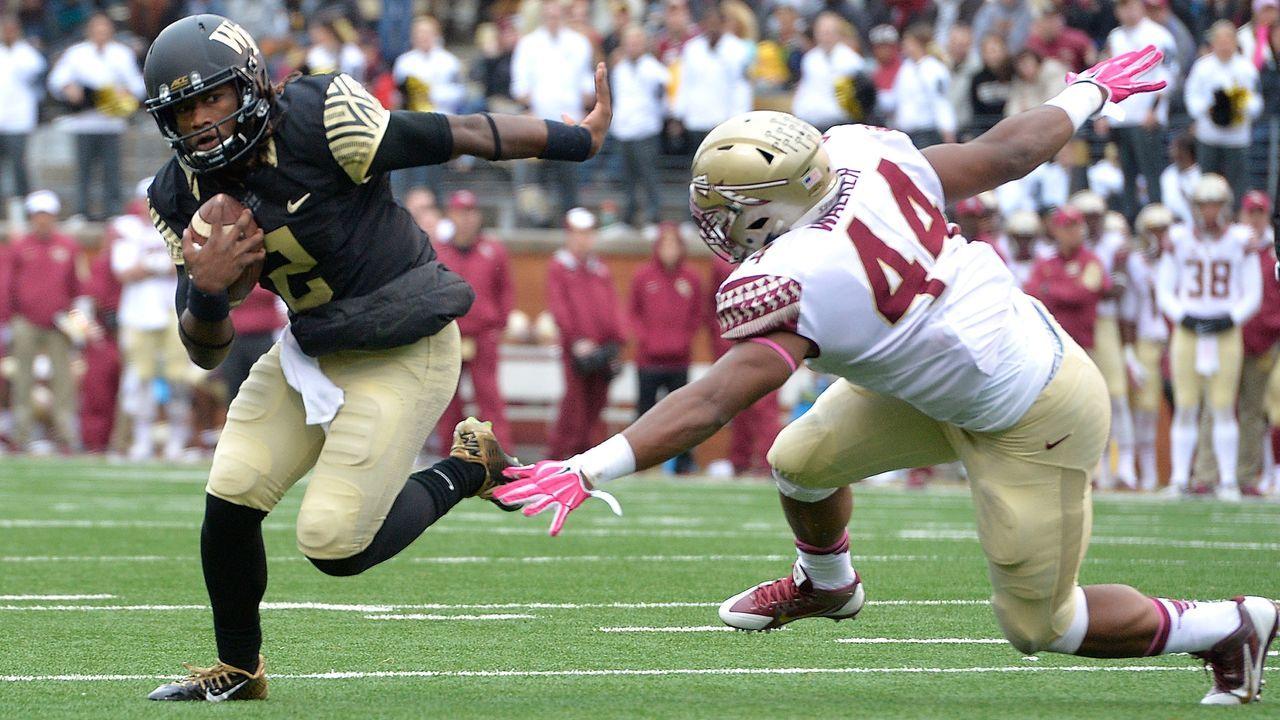Denver Broncos: Das ist Notfall-Quarterback Kendall Hinton - Bildquelle: 2015 Getty Images