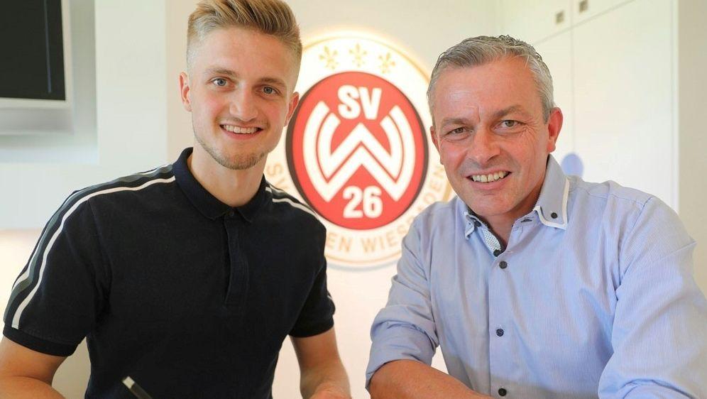 Jan-Christoph Bartels (l.) wird an Wiesbaden ausgeliehen - Bildquelle: SV WEHEN WIESBADENSV WEHEN WIESBADENSV WEHEN WIESBADEN