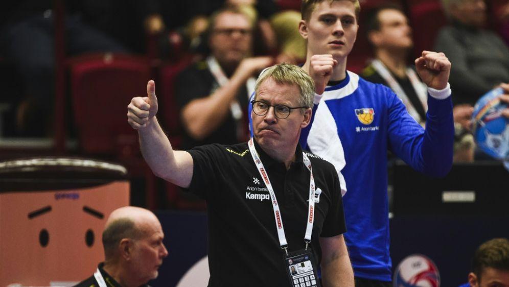 Gudmundsson (v.) feiert sein Debüt bei MT Melsungen - Bildquelle: AFPSIDJONATHAN NACKSTRAND