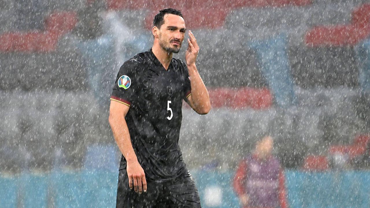 Hummels emotional nach EM-Aus - Bildquelle: imago images/Sven Simon