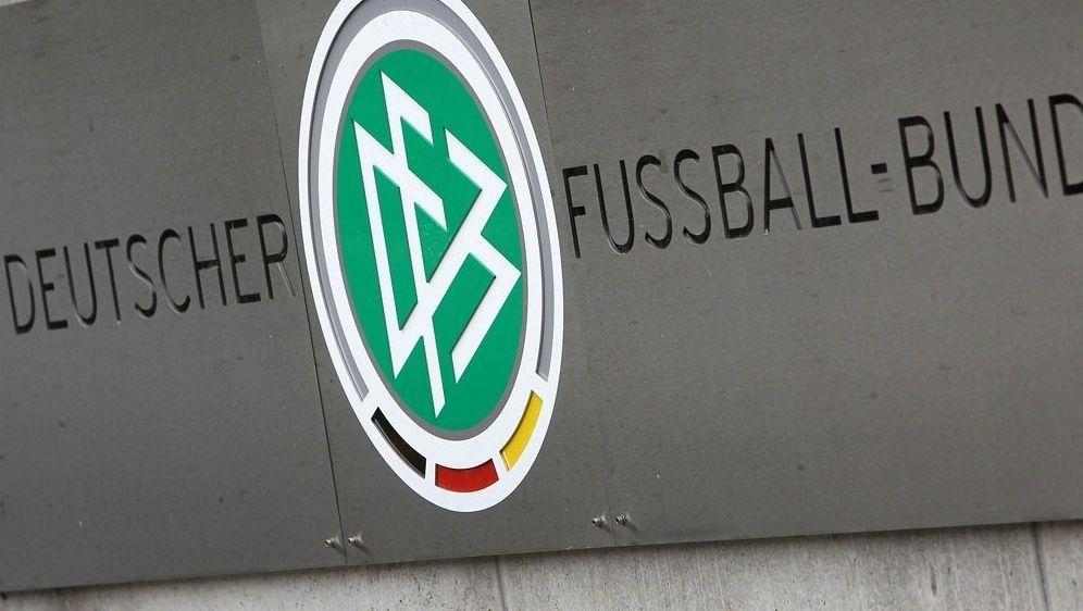 Der DFB wird als Privatkläger im Verfahren auftreten - Bildquelle: AFPSIDDANIEL ROLAND
