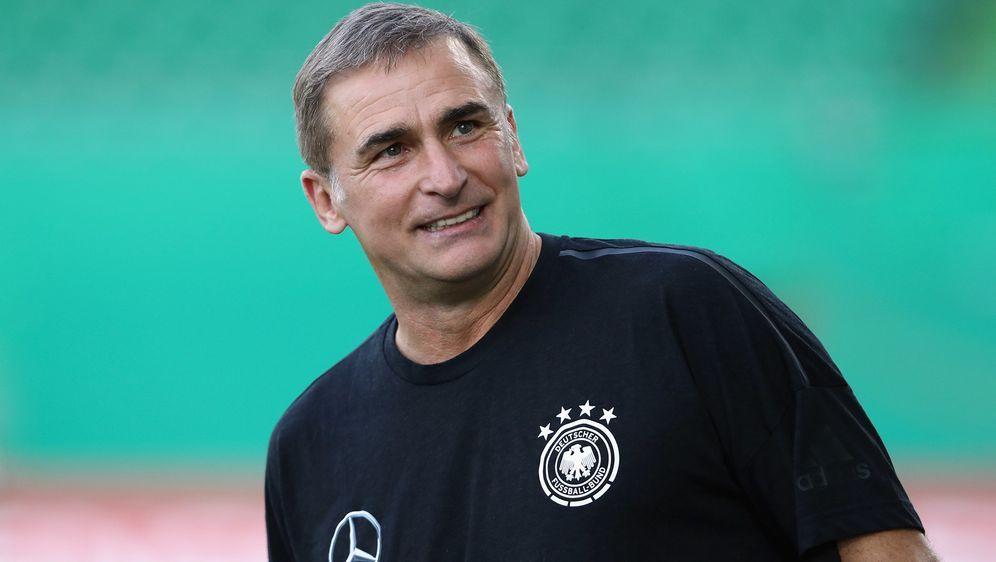 U-21-Nationaltrainer Stefan Kuntz begeistert sich nicht nur für Fußball, son... - Bildquelle: 2018 Getty Images