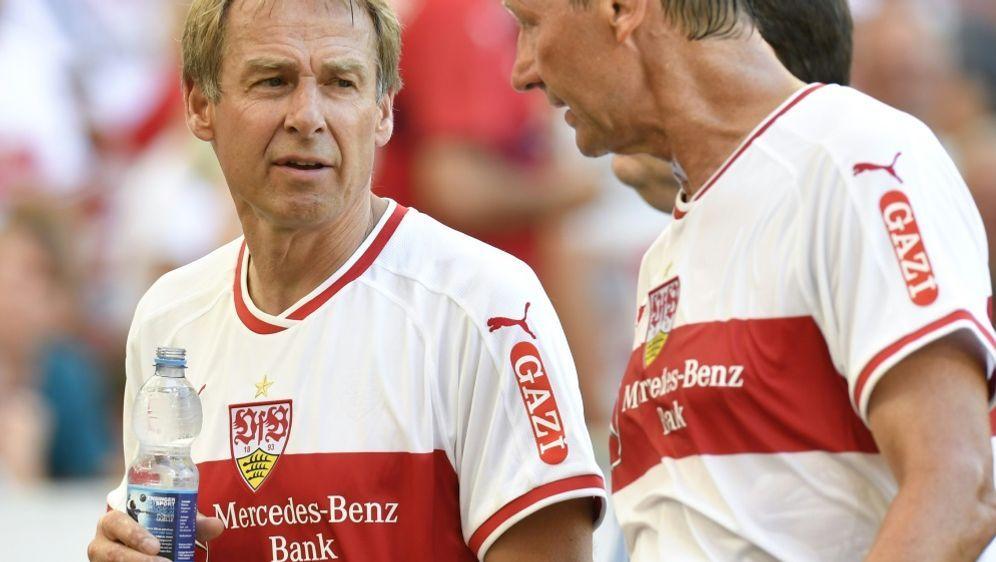 Wird als VfB-Präsident gehandelt: Jürgen Klinsmann - Bildquelle: AFPSIDTHOMAS KIENZLE