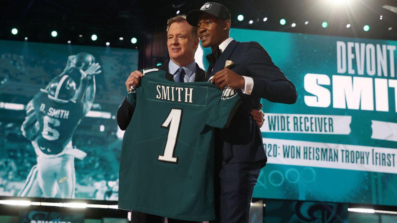 Platz 5: DeVonta Smith (Wide Receiver, Philadelphia Eagles)  - Bildquelle: 2021 Getty Images