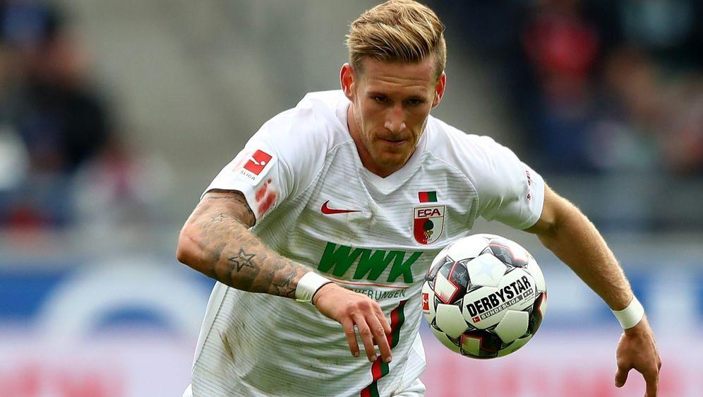 Andre Hahn wird Augsburg in Hoffenheim fehlen - Bildquelle: Getty Images