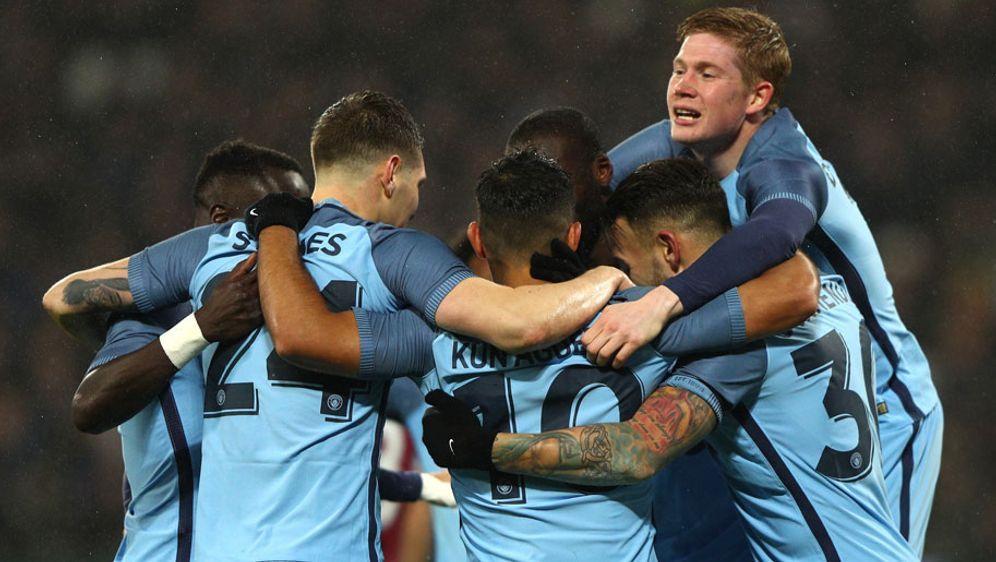 Es geht wieder um die Meisterschaft in der Premier League. Favorit in der Sa... - Bildquelle: 2017 Getty Images
