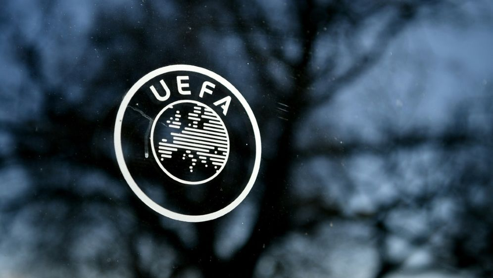 Sky entwirft im Auftrag der UEFA Stadionsound - Bildquelle: AFPSIDFABRICE COFFRINI