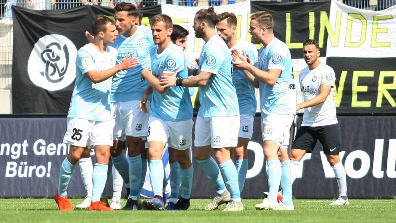 1. FC Saarbrücken - Bildquelle: imago images / Jan Huebner