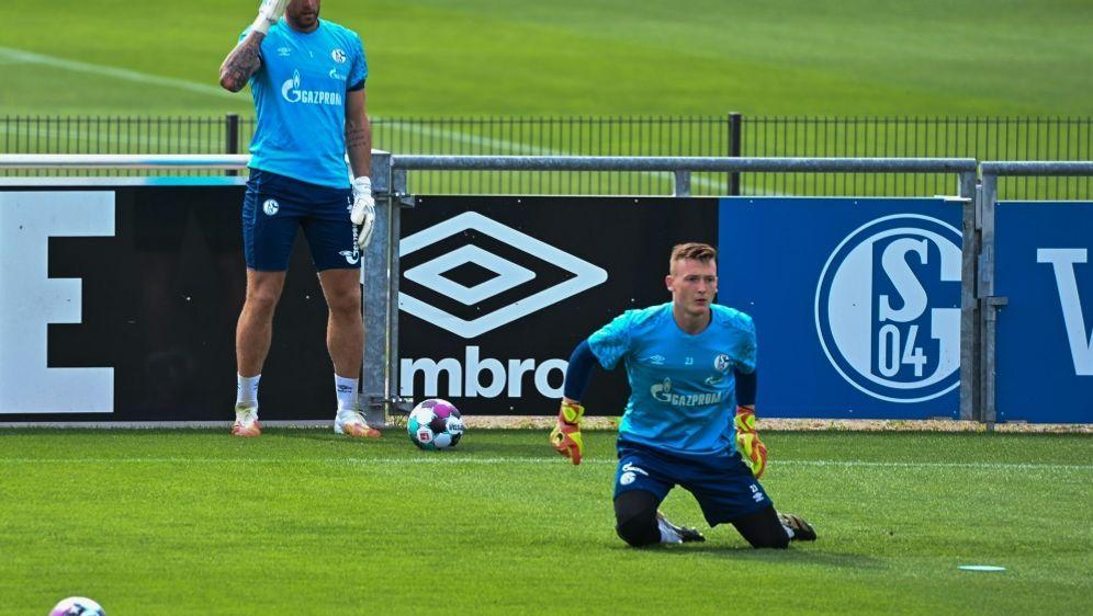 Schalke 04 plant vorerst mit Fährmann (l.) und Schubert - Bildquelle: AFPSIDINA FASSBENDER