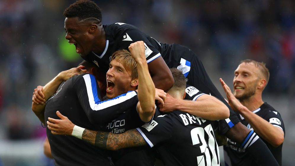 Aufsteiger Bielefeld feiert Heimsieg gegen Köln - Bildquelle: getty