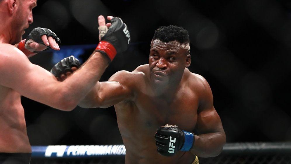 Francis Ngannou ist die Nummer zwei der Rangliste im Schwergewicht - Bildquelle: Getty Images
