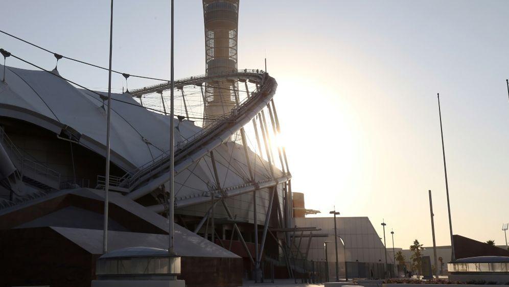 Katars Pläne beinhalten nun auch WM-Quartiere im Iran - Bildquelle: FIROFIROSID