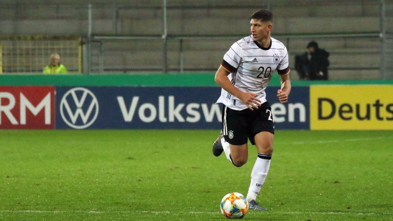 Vitaly Janelt (Mittelfeld/Brentford FC) - Bildquelle: imago images/Eibner