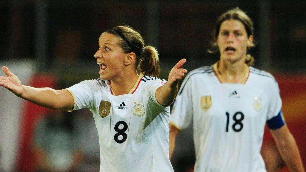 Grings mit Kritik an der Situation des Frauenfußballs - Bildquelle: AFPSIDJOHANNES EISELE