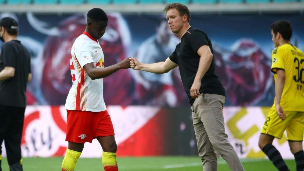 Amadou Haidara (L) fehlt dem RB gegen Augsburg - Bildquelle: FIROFIROSID
