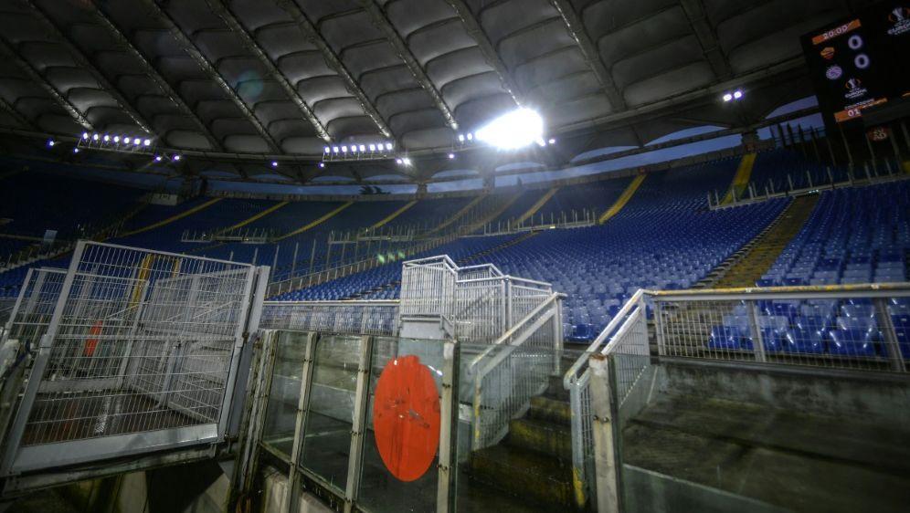 Ab Ende April sind wieder Zuschauer im Stadion - Bildquelle: AFPSIDFILIPPO MONTEFORTE