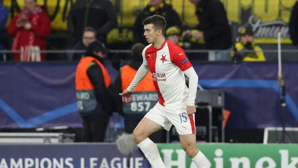 UEFA: Ondrej Kudela für zehn Spiele gesperrt - Bildquelle: FIROFIROSID