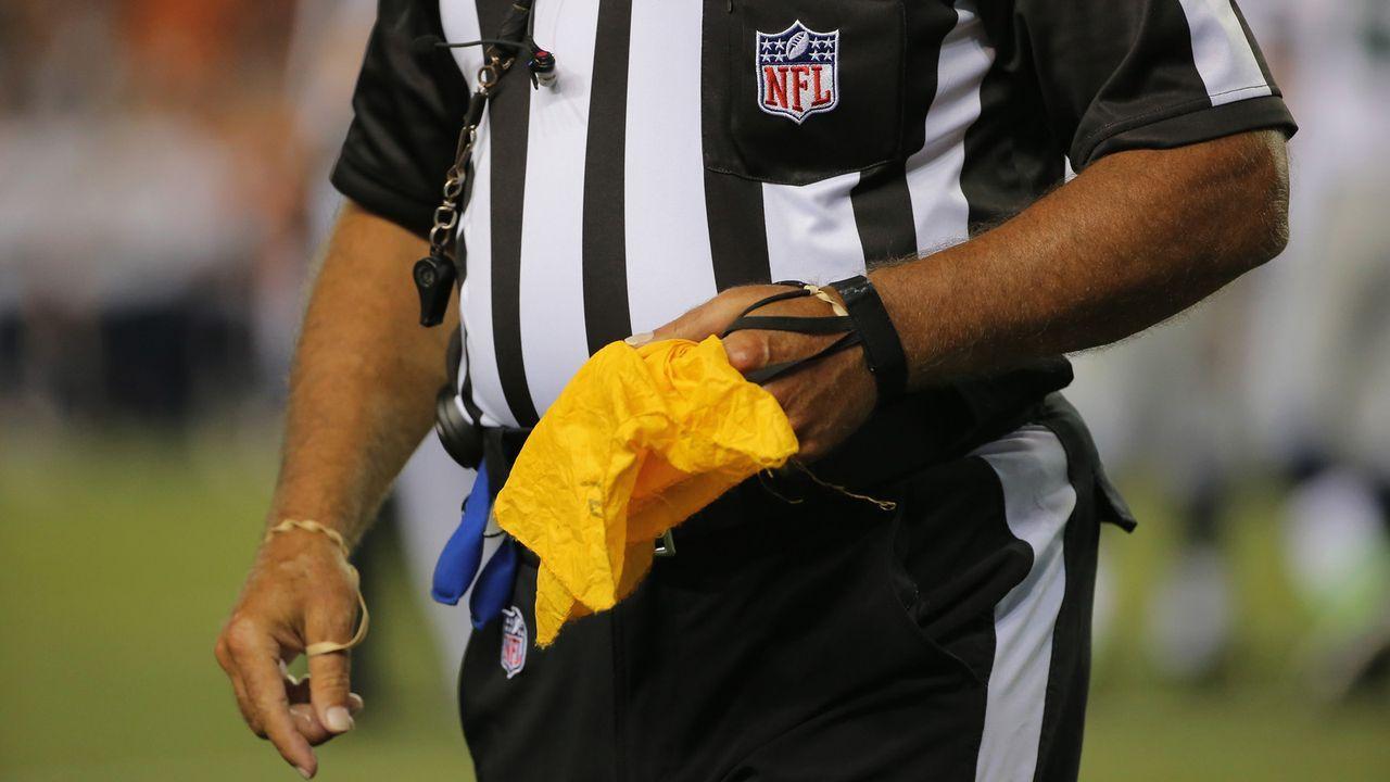 NFL: Diese Teams kassieren die meisten Straf-Yards pro Spiel - Bildquelle: 2014 Getty Images