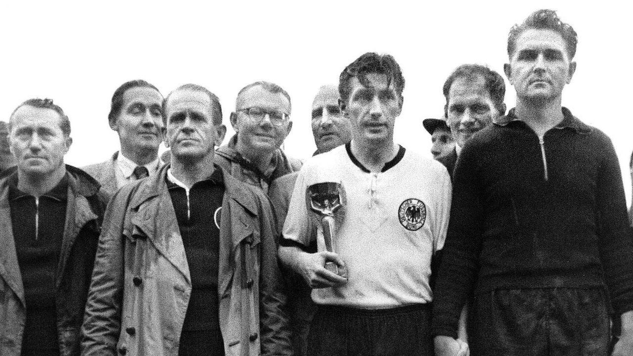 Es folgten fast 67 Jahre ohne Pflichtspiel-Duell - Bildquelle: imago/Pressefoto Baumann