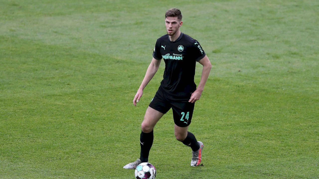 Anton Stach (Mittelfeld)