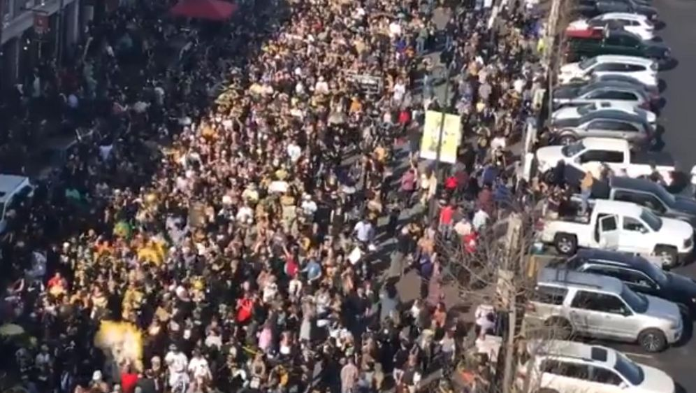 Saints Fans gehen in New Orleans auf die Straße. - Bildquelle: Twitter/SportsCenter