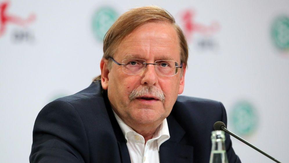 Zieht ins UEFA-Exekutivkomitee ein: Rainer Koch - Bildquelle: PIXATHLONPIXATHLONSID
