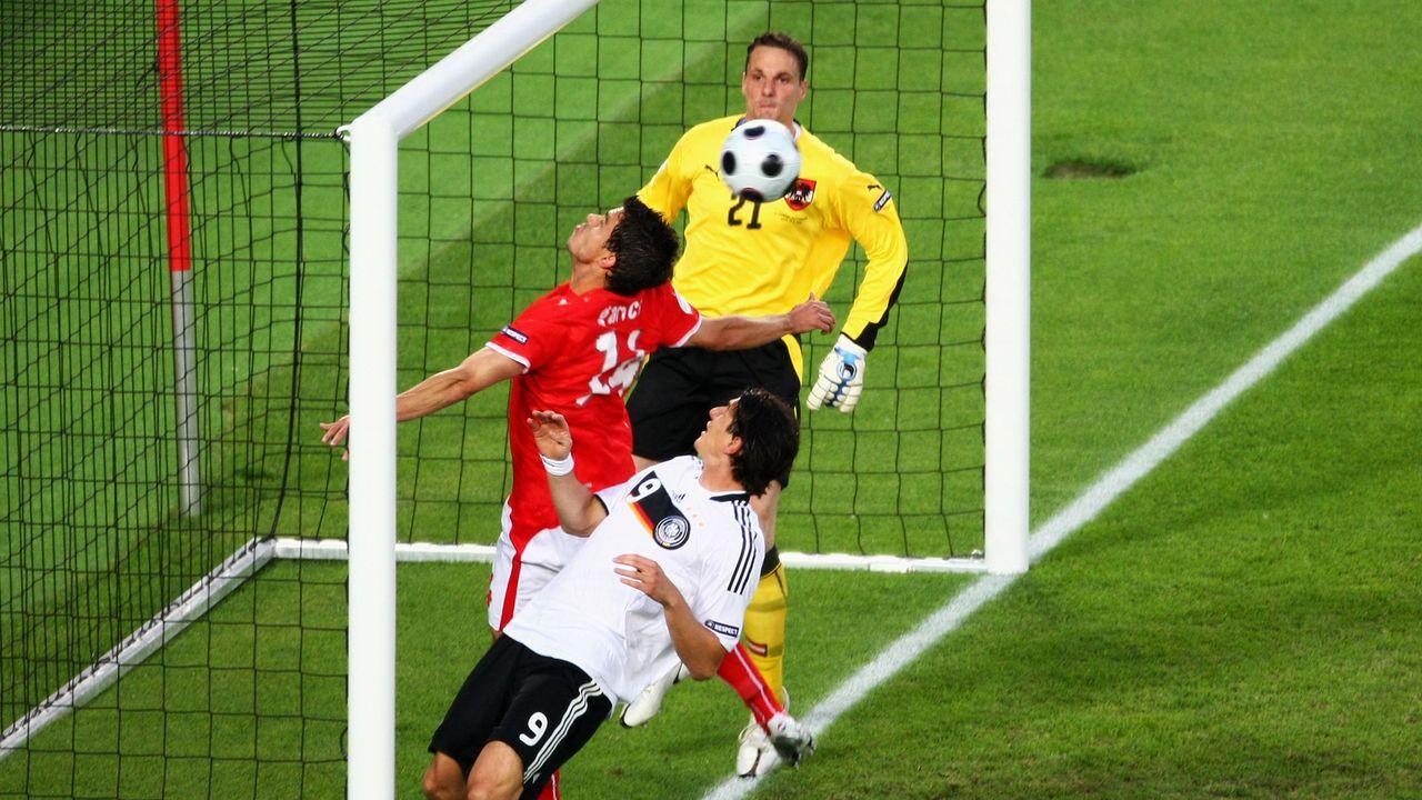 Fehlschuss gegen Österreich - Bildquelle: getty