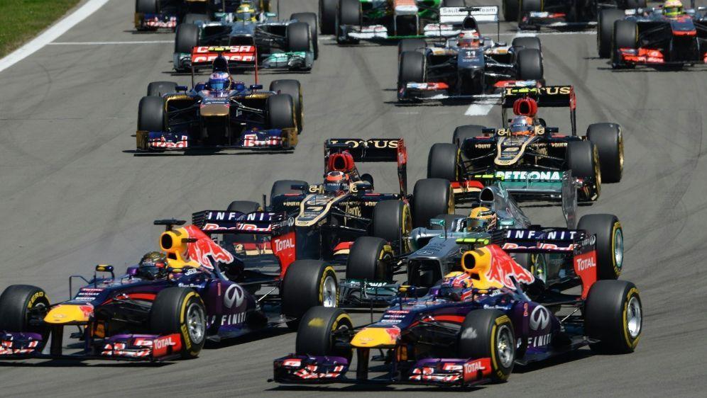 Nürburgring-Rennen wird bei YouTube gestreamt - Bildquelle: AFPSIDPATRIK STOLLARZ