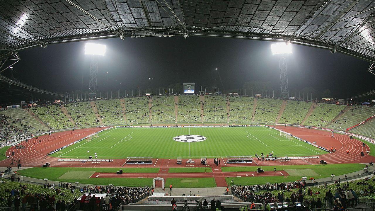 Nach 15 Jahren - Wieder Profifußball im Münchner Olympiastadion?   - Bildquelle: 2004 Getty Images