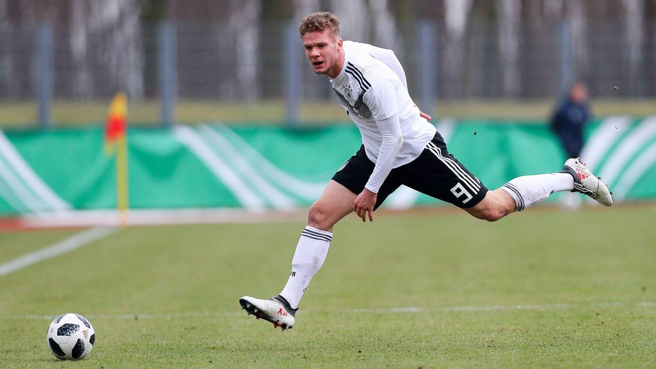 VfB Stuttgart - 6 Spieler - Bildquelle: imago/Picture Point