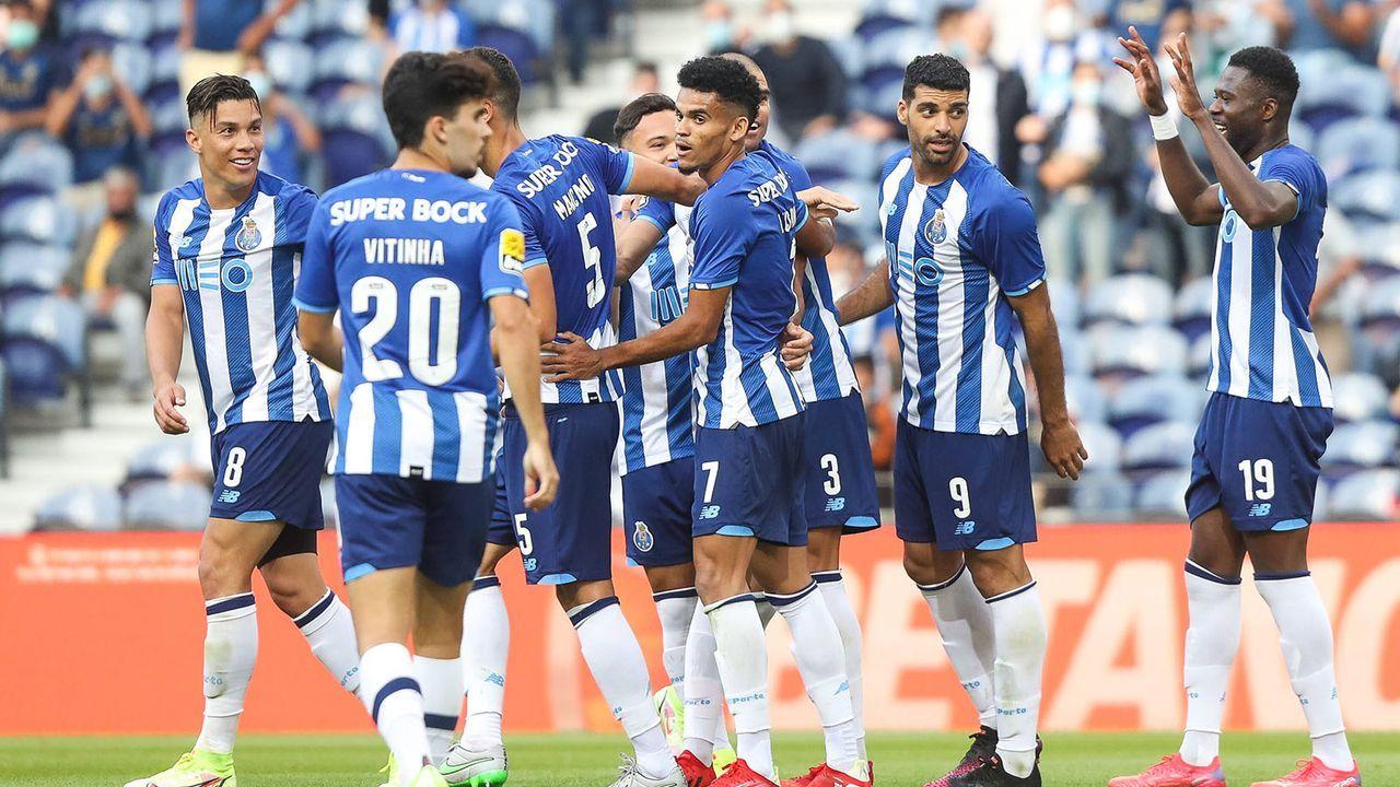Platz 15: FC Porto  - Bildquelle: imago images/GlobalImagens