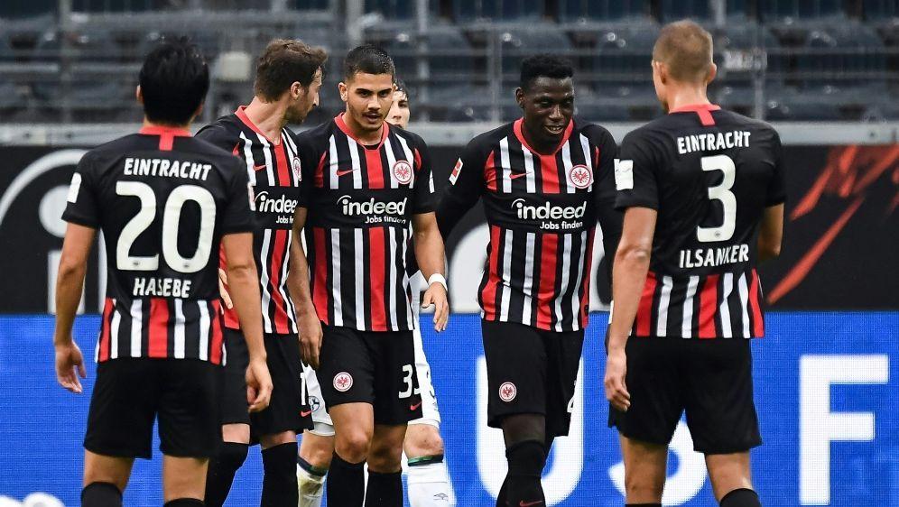 Eintracht Frankfurt plant offenbar Pandemie-Klauseln - Bildquelle: Jan HübnerFIROJan HübnerFIROSID