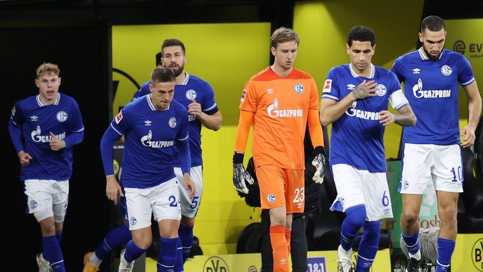 Schalke 04 spielt gegen Schweinfurt. - Bildquelle: Jürgen Fromme/firo/pool