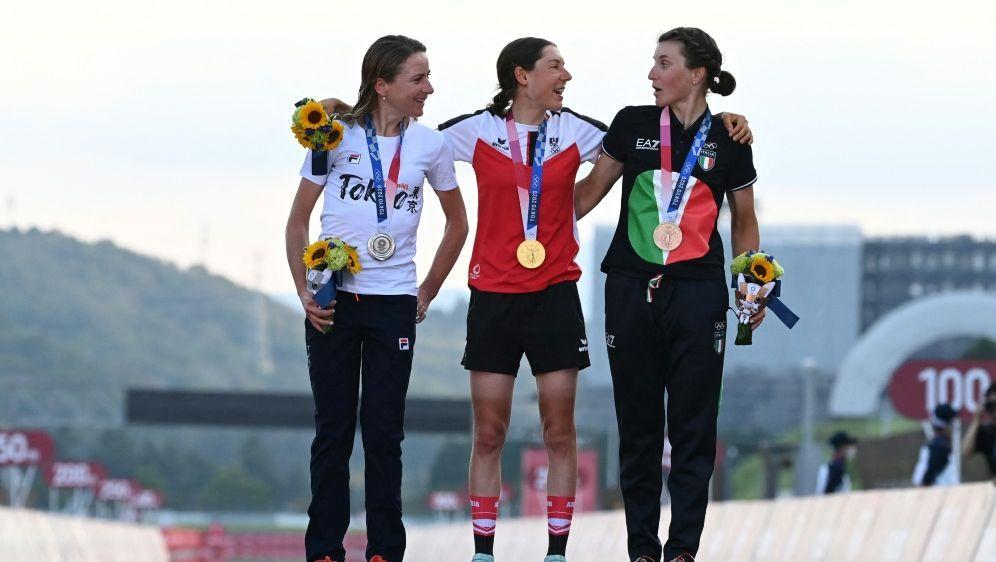 Siegerehrung: IOC fordert Einhaltung der Abstandsregeln - Bildquelle: AFPSIDGREG BAKER