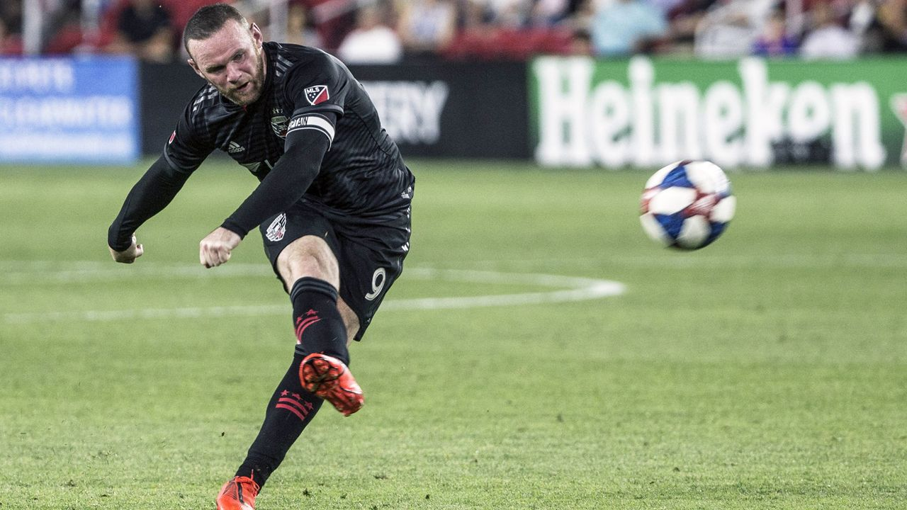 Angriff - Wayne Rooney (von den Fans in den Kader gewählt) - Bildquelle: imago images / Icon SMI