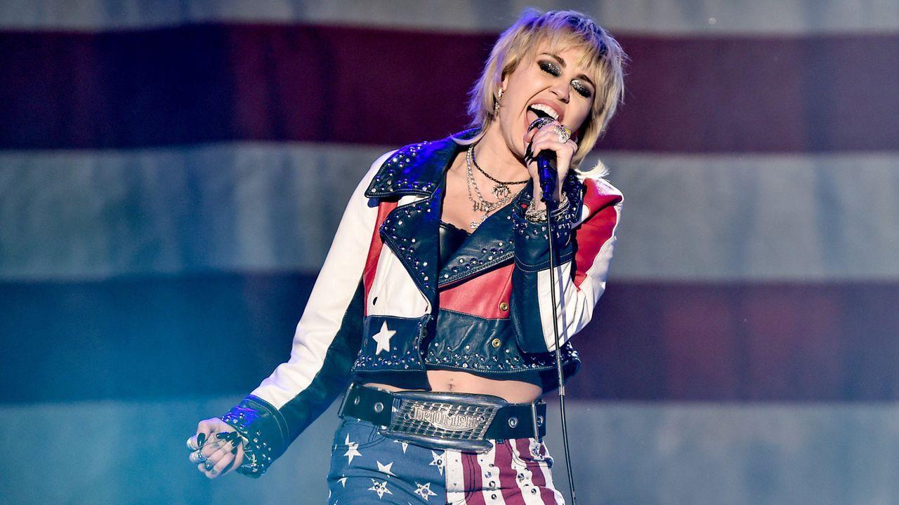 """""""TikTok Tailgate"""": Miley Cyrus  - Bildquelle: 2020 Getty Images"""