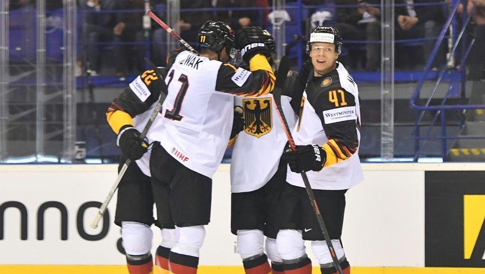 Eishockey-WM: Deutschland bezwingt Frankreich mit 4:1 - Bildquelle: AFPSIDJOE KLAMAR