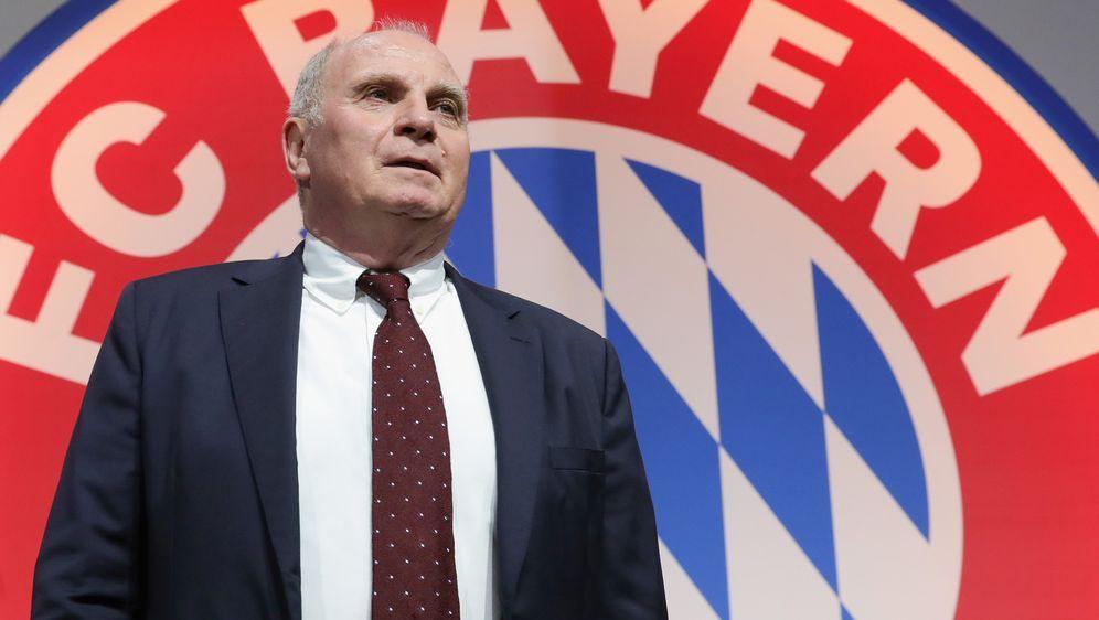 Noch Präsident des FC Bayern: Uli Hoeneß - Bildquelle: Getty
