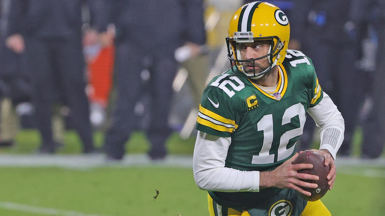 Quarterback: Aaron Rodgers (Green Bay Packers) - Bildquelle: 2020 Getty Images
