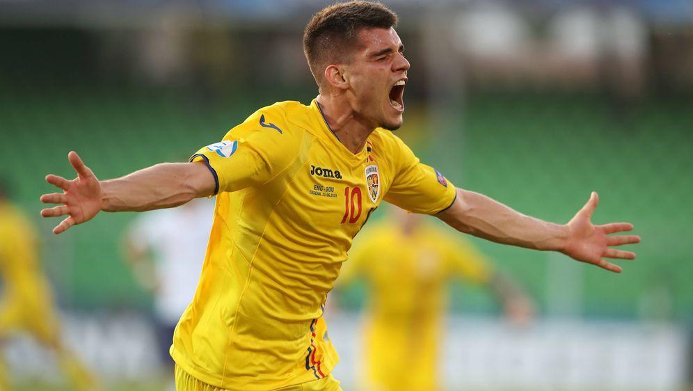 Sorgt mit seinen Rumänen bei der U21-Europameisterschaft miit dem Halbfinal-... - Bildquelle: imago images / Sportimage