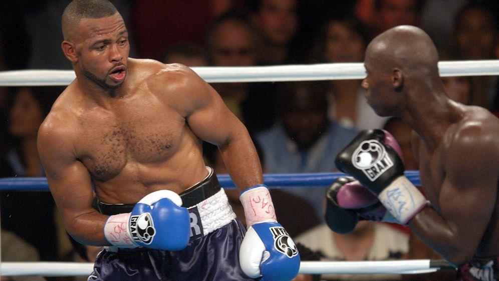 Roy Jones Jr. erwartet einen echten Kampf gegen Mike Tyson - Bildquelle: Getty Images