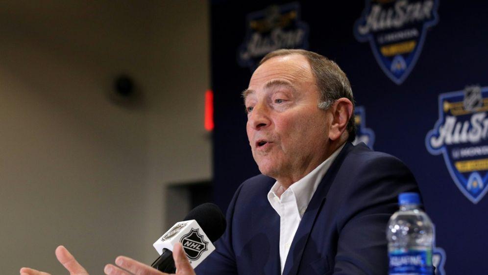 Gary Bettman stellt Fortführung der NHL-Saison infrage - Bildquelle: AFPGETTY SIDBRUCE BENNETT